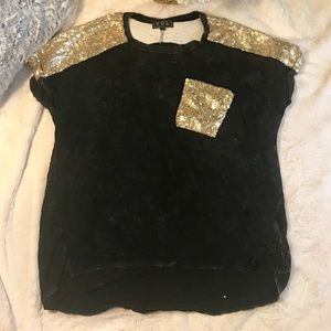 POL Sparkle Washed Out Tee Size Medium